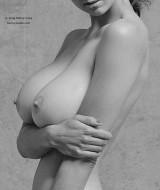 classic_nude