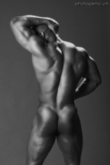 nude_muscles